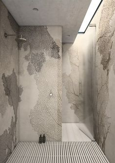 I'm loving the 'fan coral' waterproof wallpaper! And the skylight! And the floor 'deck'! Wall Design, House Design, Design Hotel, Design Design, Ideas Baños, Tadelakt, Modern Shower, Interior Decorating, Interior Design
