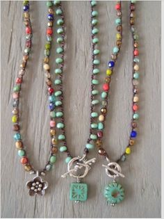 Colorful fall crochet necklace 'Fall Festival' Thai by slashKnots, Boho Jewelry, Jewelry Crafts, Beaded Jewelry, Jewelery, Jewelry Necklaces, Handmade Jewelry, Jewelry Design, Bracelets, Jewelry Ideas