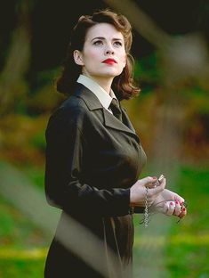 Hayley atwell agent peggy carter agents of shield, marvel dc comics, marvel avengers, Marvel Women, Marvel Avengers, Marvel Girls, Marvel Universe, Iron Man, Look Retro, And Peggy, Film Serie, Hailey Baldwin