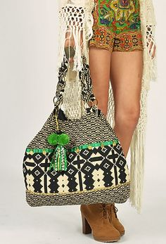 Shiva Tote Bag in Green by Stella Via The Freedom State. Gypsy Style, Boho Gypsy, Hippie Style, Bohemian Style, My Style, Boho Chic, Hippie Chic, Hippie Bags, Boho Bags