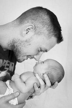 Newborn Baby Photos, Baby Poses, Newborn Pictures, Baby Boy Newborn, Baby Pictures, Monthly Baby Photos, Baby Boy Pics, Newborn Shoot, Baby Papa