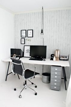 @Stylizimo Blog used the IKEA LERBERG leg as an inexpensive way to add and industrial accent to your home office.