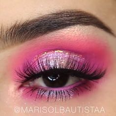 is our eye makeup inspiration every day! 👀😍 Double tap if you want to try this look yourself! now and save before our sales ENDS! Makeup Goals, Makeup Inspo, Makeup Inspiration, Skin Makeup, Eyeshadow Makeup, Pink Eyeshadow, Eyeshadow Palette, Gorgeous Makeup, Pretty Makeup