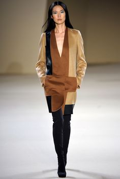 Akris - Fall 2012 Ready-to-Wear - Look 11 of 40