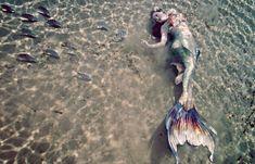 Mermaid Raven of Merbella Studios Photo: Andrew Brusso Siren Mermaid, Mermaid Kisses, Mermaid Tale, Sea Siren, Tattoo Mermaid, Real Mermaids, Mermaids And Mermen, Fantasy Mermaids, Pretty Mermaids