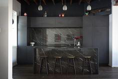 Black kitchen 12mm Silestone benchtops