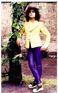 A perfect rendition New Mens Fashion, Hip Hop Fashion, 70s Fashion, Vintage Fashion, Rock Fashion, Rocker Style, Rocker Chic, Glam Rock, Marc Bolan