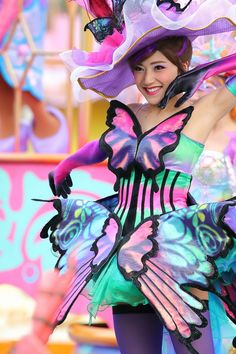 Theme Park Outfits, Tokyo Disney Sea, Disney Face Characters, Naruto Cosplay, Warrior Girl, Rose Dress, Gorgeous Women, Dancer, Costumes