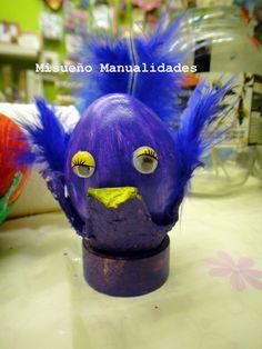 """Una de las primeras creaciones del taller de esta semana, """"decoración de huevos de pascuas"""", 23 al 28 de marzo 2015.  www.misuenyo.com / www.misuenyo.es"""