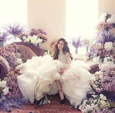 Korean Bridal Photoshoot 33 Ideas For 2019 Wedding Photography Poses, Wedding Poses, Wedding Shoot, Wedding Dresses, Wedding Colors, Wedding Styles, Korean Wedding, Pre Wedding Photoshoot, Bridal Portraits