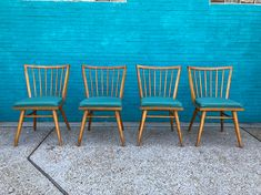 Set of 4 #russellwright #lesliediamond chairs for #conantball
