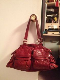 Junior Drake Shoulder Bag Red Unique Leather Many Compartments Great Condition