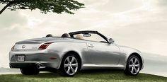 lexus hybrid convertible... yes please!