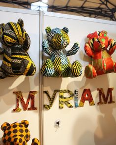 Doudous pagne --> Myriam Maxo Diy Wax, African Accessories, Creation Couture, Couture Sewing, Sewing Art, Africa Fashion, African Design, Diy Dress, Flower Boxes