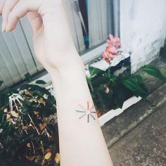 buffering  #buffering #minitattoo #colortattoo #tattoo #tattoos #ink #tattooisthongdam #버퍼링 #미니타투 #타투 #타투이스트홍담 Tiny Wrist Tattoos, Triangle