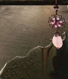 Boucles d'oreilles Karizen en quartz rose, et cristal Swarovski , un nouveau modèle douceur de la collection printemps été 2016