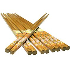 Bamboo Chopsticks make a pretty favor!! asianfoodgrocer.com