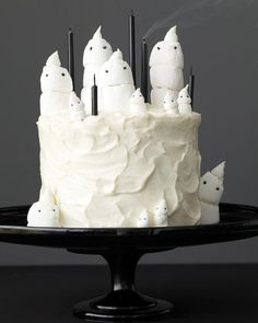 Chocolate Marshmallow-Ghost Cake and Mini Cupcakes Recipe