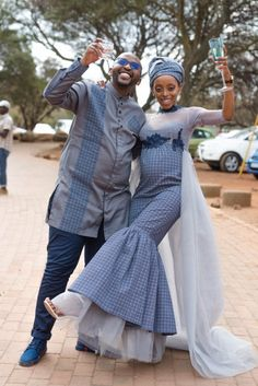 A Gorgeous Wedding With The Bride In Shweshwe Design South African Traditional Dresses, African Traditional Wedding, African Beauty, African Fashion, African Style, Stylish Dresses, Fashion Dresses, Men's Fashion, Xhosa Attire