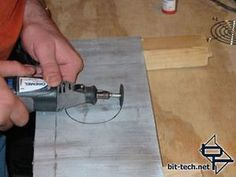 Meet the Dremel Putting Disk to the Metal Dremel Carving, Dremel Rotary Tool, Dremel Tool Projects, Dremel Ideas, Dremel Accessories, Recycled Wine Bottles, Metal Engraving, Creation Deco, Miniatures