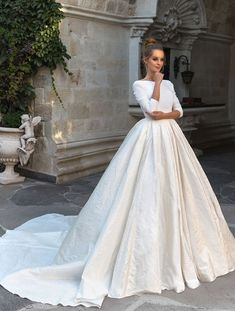 Long sleeves scoop back princess ball gown wedding dress #wedding #weddingdress #weddinggown