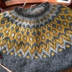 Knitting Stitches, Knitting Patterns, Crochet Patterns, Icelandic Sweaters, Fair Isle Knitting, Knitting Accessories, Knitting Projects, Knit Crochet, Knitwear