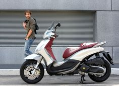 Beverly Sport Touring - Piaggio Beverly Piaggio, Italian Scooter, Scooter Motorcycle, 50cc, Motorbikes, Touring, Abs, Sports, Beautiful