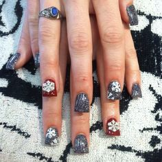Christmas acrylic nails! Follow me on ig at @Adris_Nails :)