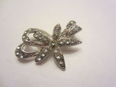 Bow Brooch by InJamiesHands on Etsy, $3.50