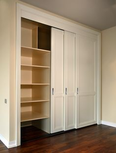 New Ideas For Wall Closet Storage Basements Bedroom Closet Doors, Wardrobe Room, Sliding Wardrobe Doors, Bedroom Closet Design, Home Room Design, Sliding Doors, Door Dividers, Closet Dividers, Closet Storage