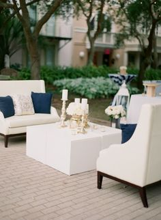 A seating area for tired feet! | Photography: Lauren Kinsey Fine Art Wedding Photography - laurenkinsey.com