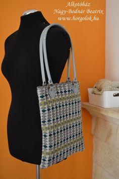 címfotó :-D Kate Spade, Tote Bag, Bags, Fashion, Handbags, Moda, Fashion Styles, Totes, Fashion Illustrations
