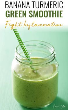 Green turmeric banana smoothie to beat inflammation coach sofia anti inflammatory pineapple ginger smoothie to get rid of chronic and acute pain Turmeric Smoothie, Smoothie Detox, Juice Smoothie, Detox Salad, Good Smoothies, Green Smoothie Recipes, Fruit Smoothies, Breakfast Smoothies, Best Green Smoothie