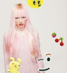 Light peachy-pink hair rules!
