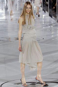 Chanel Fall 2005 Ready-to-Wear Fashion Show - Gemma Ward