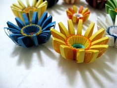 Quilled flowers by Snehal-Naphade, via Flickr