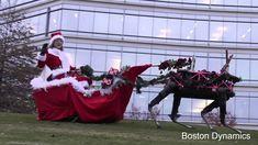 Der Weihnachtsmann bzw. hier die Weihnachtsfrau ist neuerdings mit drei Laufrobotern von Boston Dynamics als Rentieren unterwegs