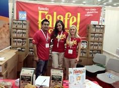 Mike and our Hostesses Jessica and Chrisdine #chips #falafel #falafelchips #flamous #expoeast