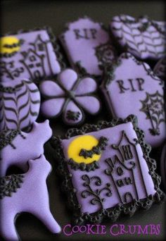 Purple and Black Halloween  like the simple haunted house cookie!