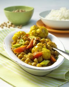 Unser beliebtes Rezept für Kichererbsen-Curry und mehr als 55.000 weitere kostenlose Rezepte auf LECKER.de.