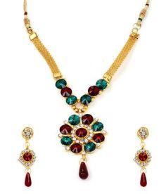 Diva Style Me Red Green Pendant Earrings Set