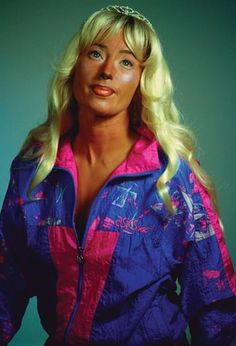 Cindy Sherman (Disguise question)