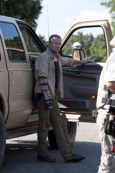 The Walking Dead - Season Episode 3 Merle Dixon (Michael Rooker) Walking Dead Girl, Walking Dead Tv Show, Walking Dead Series, Walking Dead Season, Fear The Walking Dead, Michael Rooker, Merle Dixon, Best Zombie, Daryl Dixon