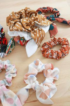 Diy And Crafts, Crafts For Kids, Baby Couture, Creation Couture, Diy Headband, Sewing Tutorials, Couture Fashion, Hair Bows, Homemade