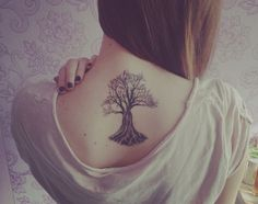 Tree Tattoo.... be awesome for my sis, mom and my self to get this... love the idea...