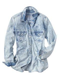 1969 bleached denim boyfriend shirt Product Image