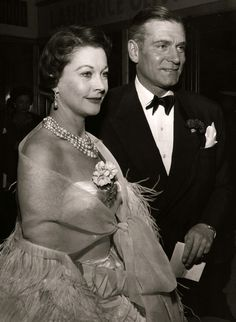 Vivien Leigh with Laurence Olivier, 1957...Uploaded by www.1stand2ndtimearound.etsy.com