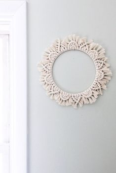 macrame plant hanger+macrame+macrame wall hanging+macrame patterns+macrame projects+macrame diy+macrame knots+macrame plant hanger diy+TWOME I Macrame & Natural Dyer Maker & Educator+MangoAndMore macrame studio Diy Macrame Wall Hanging, Macrame Mirror, Macrame Art, Macrame Projects, Macrame Curtain, Porch Wall Decor, Nursery Wall Decor, Macrame Rings, Macrame Knots