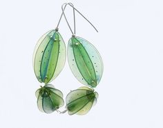 Polymer clay earrings with incredible translucence by Kathrin Neumaier (Nixe Nr. 1   Flickr - Photo Sharing!)