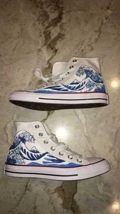 painted shoes The Great Wave off Kanagawa hand painted onto converse high Converse Shoes High Top, Diy Converse, Painted Converse, Painted Sneakers, Converse Hightops, Hype Shoes, On Shoes, Me Too Shoes, Shoes Sneakers